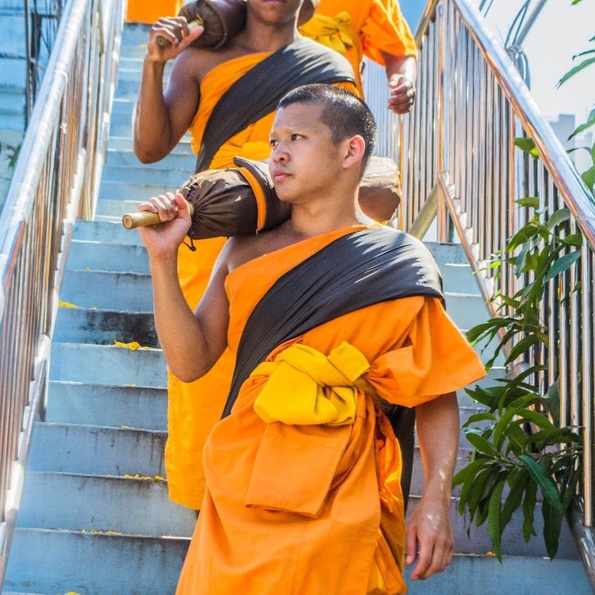 Thai American Monk Ron Ruangtragool 2016 Scholarship Winner