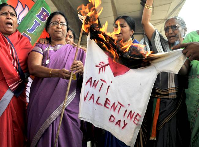 anti-valentines-day-in-india (althev.wordpress.com)