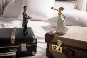 DivorceSuitcase